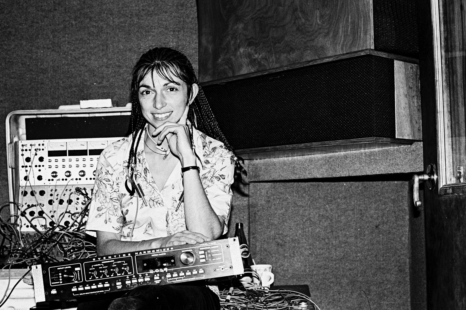Suzanne Ciani with her new H949 Harmonizer