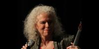 Martha Mooke: Electro-Acoustic Violinist